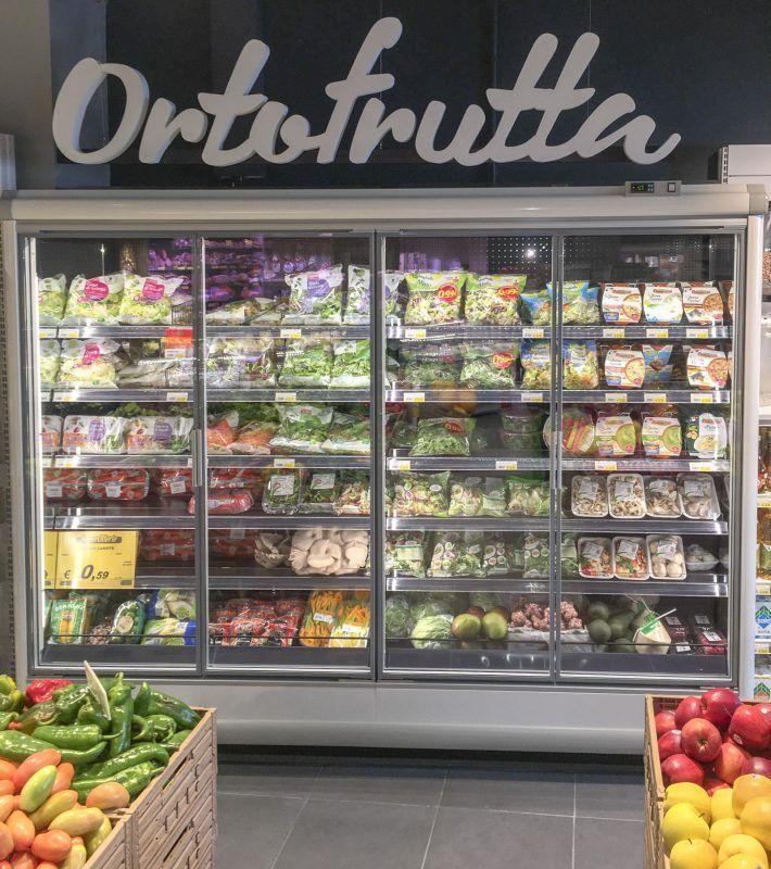 Witryny sklepowe z warzywami