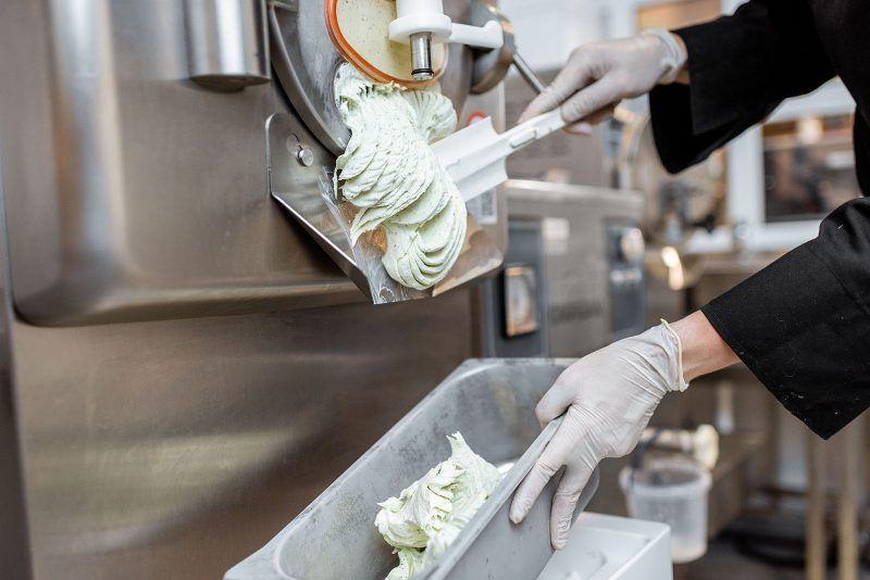 Frezer do produkcji lodów